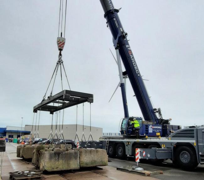 Loadtest Hoisting beam WLL 40ton