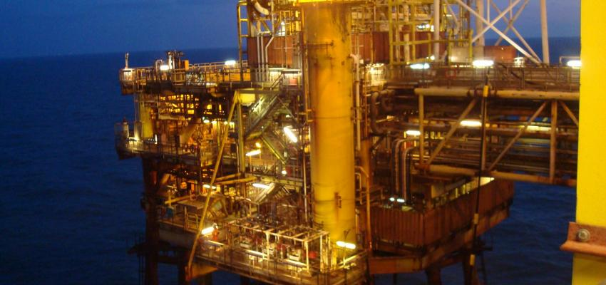 decomissioning Thames Alpha Complex welding contractor