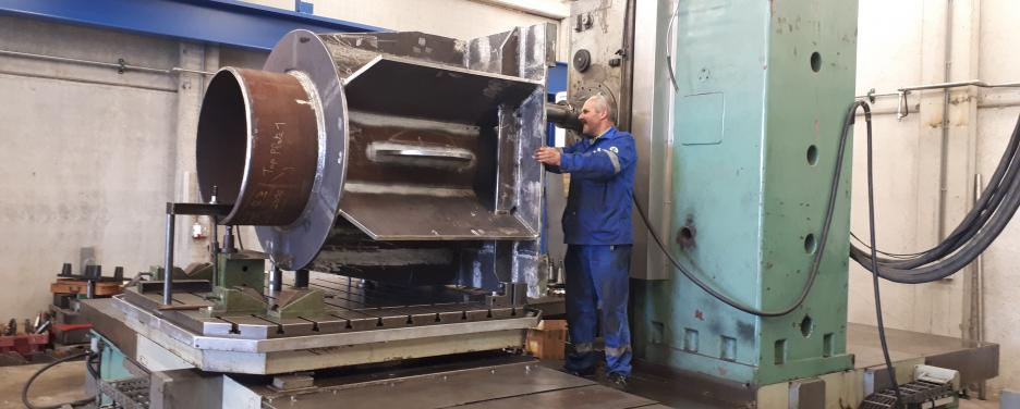 milling on boring machine